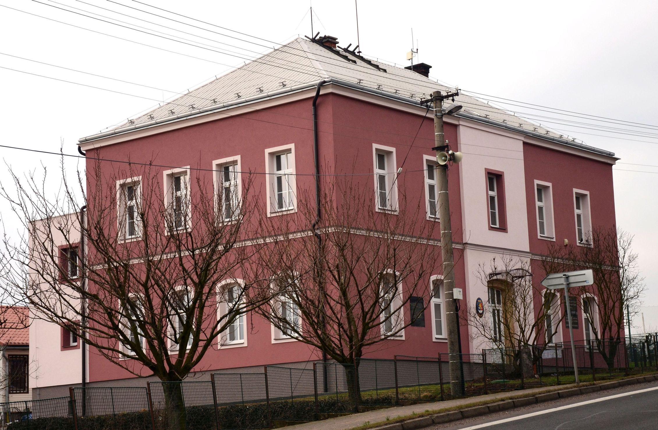 OBRÁZEK : budova.jpg